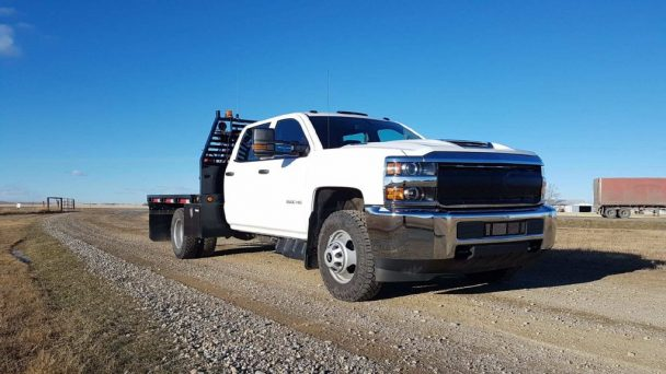 2017 Chevrolet 3500HD 1 Ton Dually with Flat Deck Crew Support Truck GVWR 11,793Kg