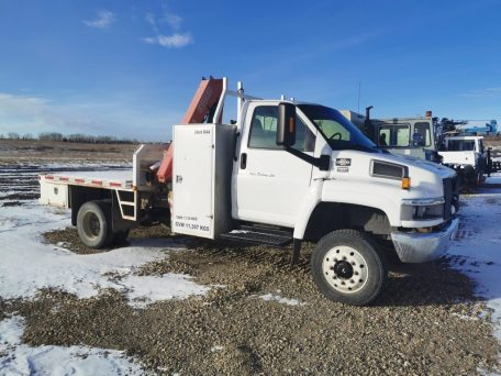 2007 GMC C5500 5 TON Picker Truck with Flat Deck. Capable of handling