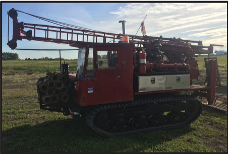 Morooka MST 800 with attached Diedrich D-50. This drill is smaller and lightweight yet packs a punch. It is equipped with a 3L6 Progressive Cavity Moyno Pump and 0.8m3 Heated water tank. It has 3 winches, 5' Top Drive Stroke and a 5 Speed gear selection with High/Low GVW - 12,531 Kg HEIGHT MAST DOWN - 3.05m WIDTH - 2.31m FULL MAST HEIGHT - 7.62m HALF MAST HEIGHT - 4.05m MAX SPEED - 12Km/Hr GROUND PSI - UNDER 4PSI